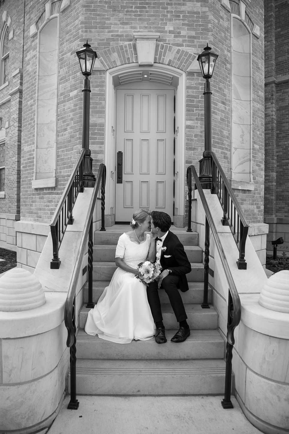 provo-temple-wedding-photographers-02.jpg