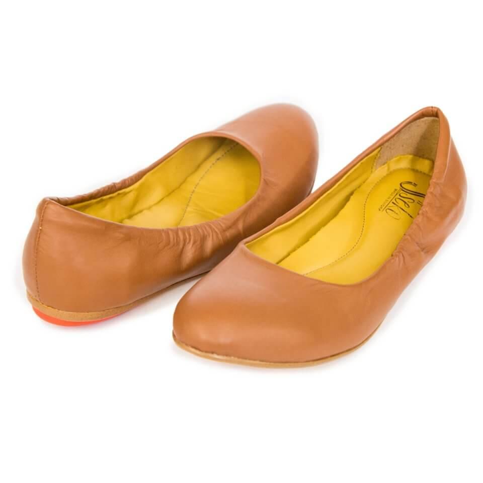 ss15-caramel-ballet-flats_7.jpg