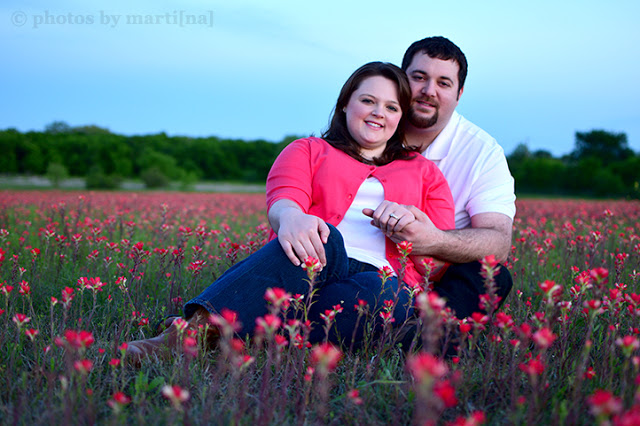 Bluebonnet mini-session photography by Martina