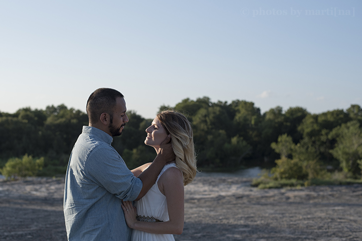 austin-engagement-photos-by-martina-mckinney-falls-5.jpg