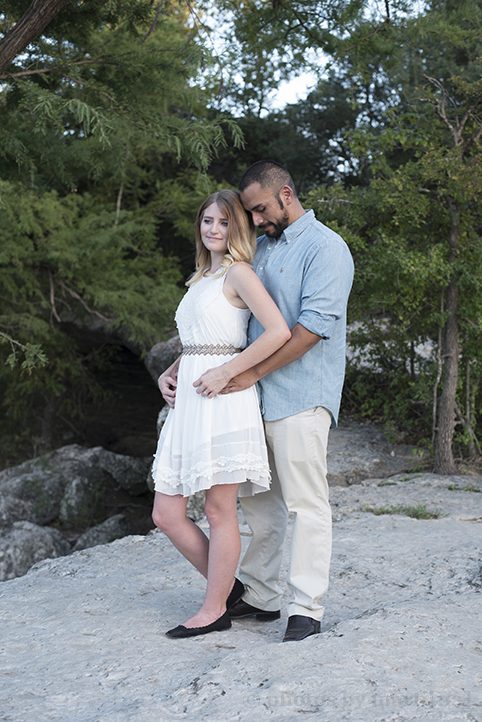 austin-engagement-photos-by-martina-mckinney-falls-9.jpg