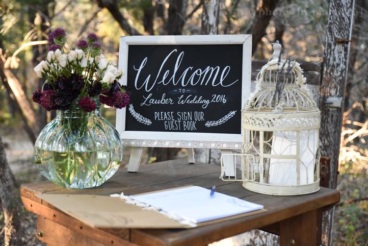 wildflower-barn-austin-wedding-photos-by-martina-1.jpg