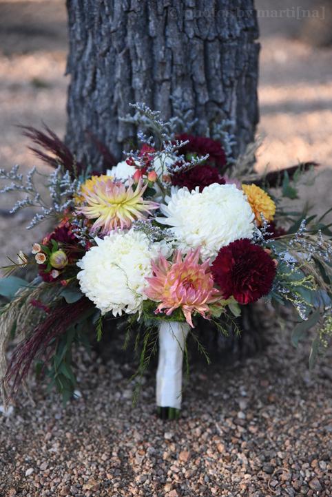 wildflower-barn-austin-wedding-photos-by-martina-3.jpg