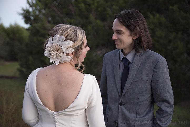 wildflower-barn-austin-wedding-photos-by-martina-20.jpg