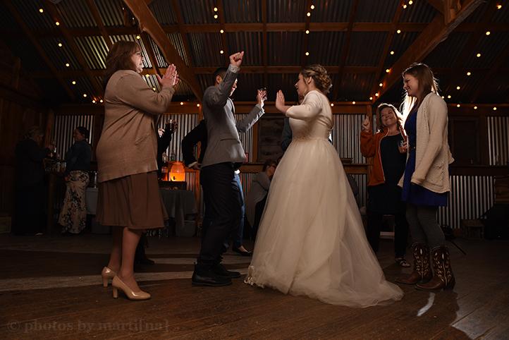 wildflower-barn-austin-wedding-photos-by-martina-30.jpg