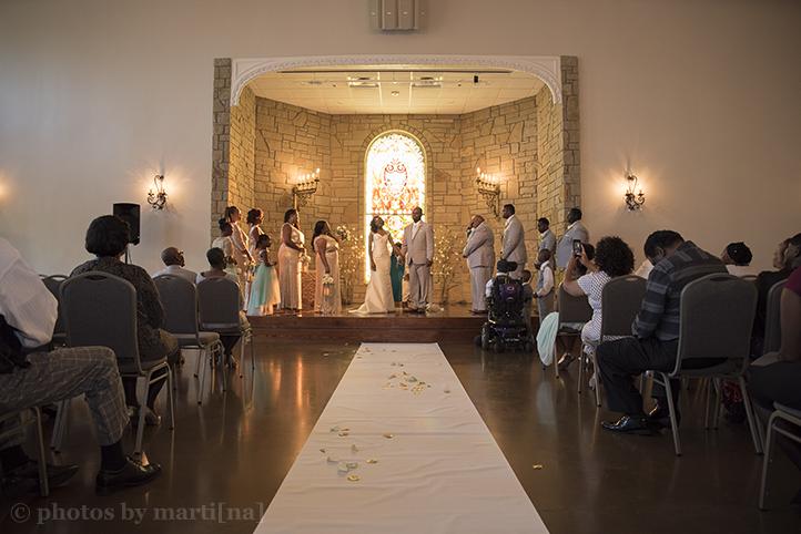 manor-wedding-photos-by-martina-villa-stClair-13.jpg