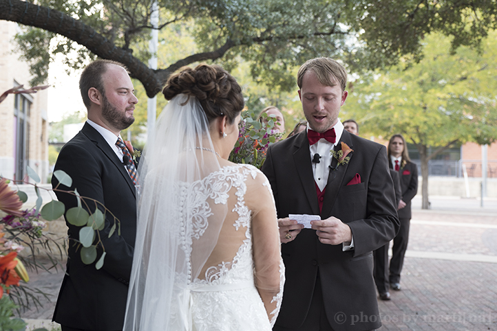 san-antonio-wedding-at-the-stables-photos-by-martina-12.jpg
