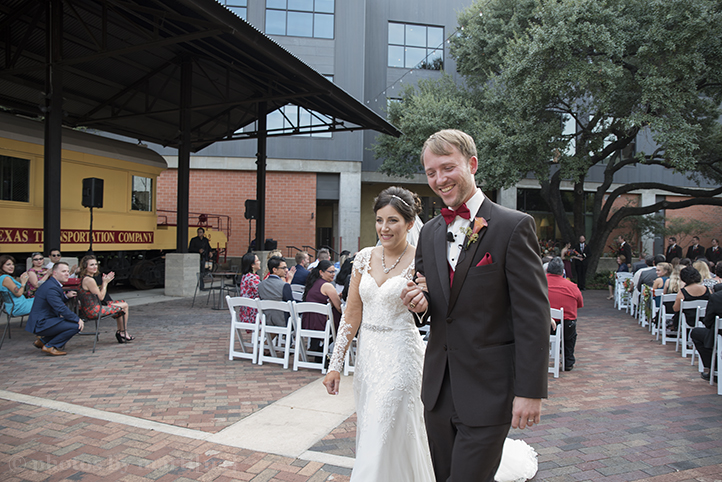 san-antonio-wedding-at-the-stables-photos-by-martina-17.jpg