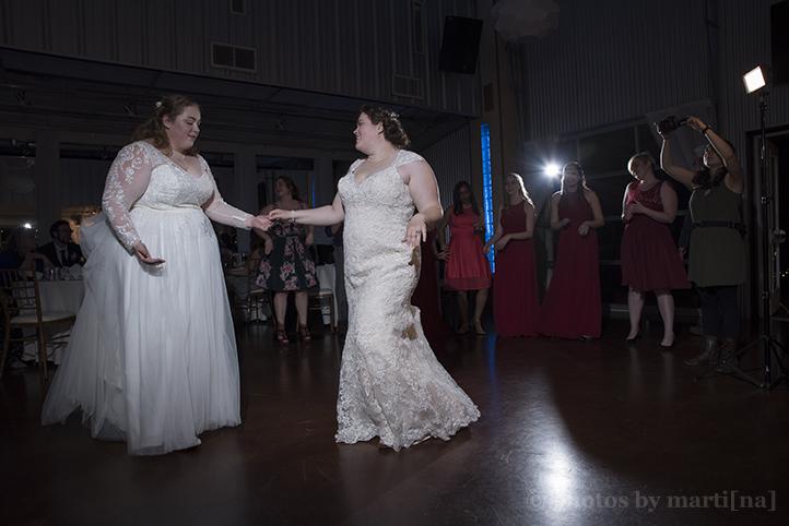 manor-wedding-photos-by-martina-terradora-30.jpg