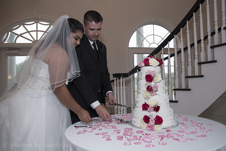 bastrop-wedding-photos-by-martina-mansion-at-colovista-24.jpg