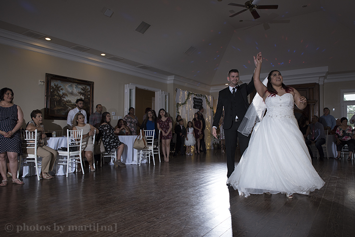 bastrop-wedding-photos-by-martina-mansion-at-colovista-26.jpg