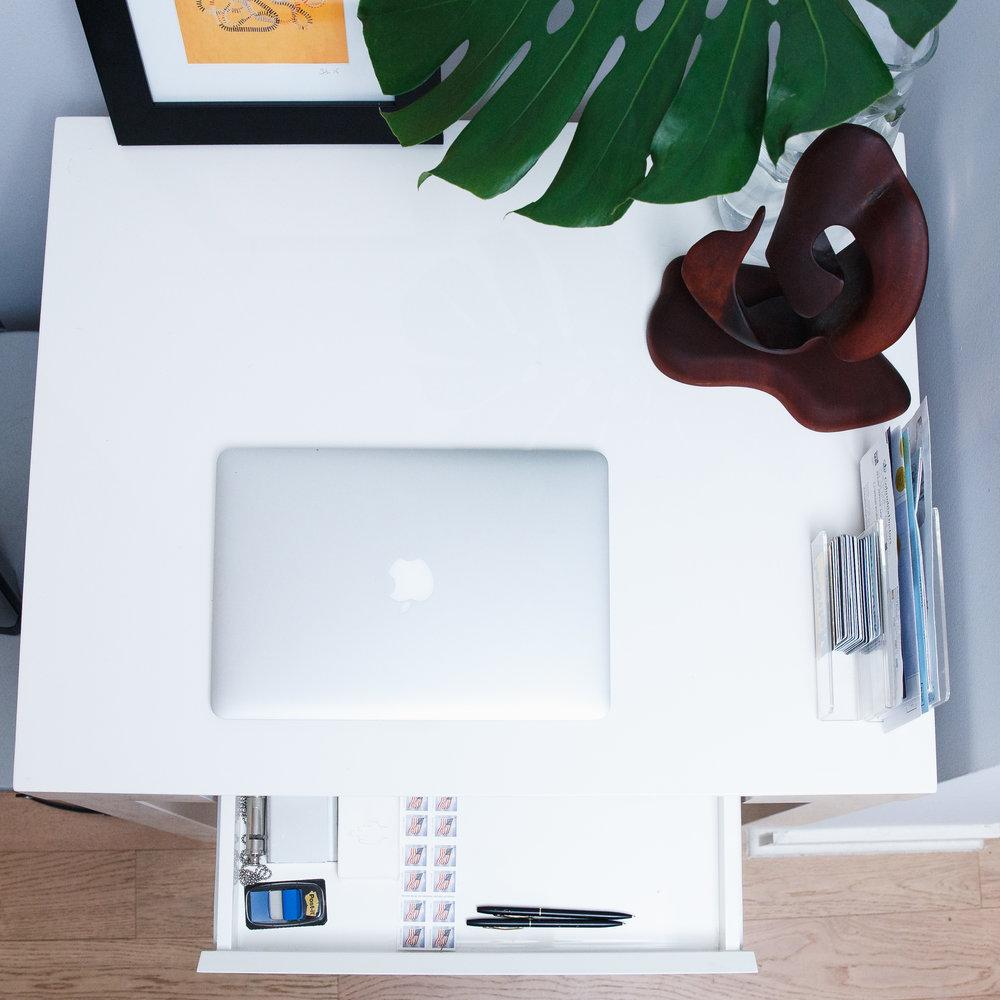 Clutter Free Desk.jpg
