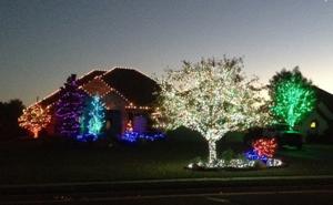 christmas-lights-house3.png