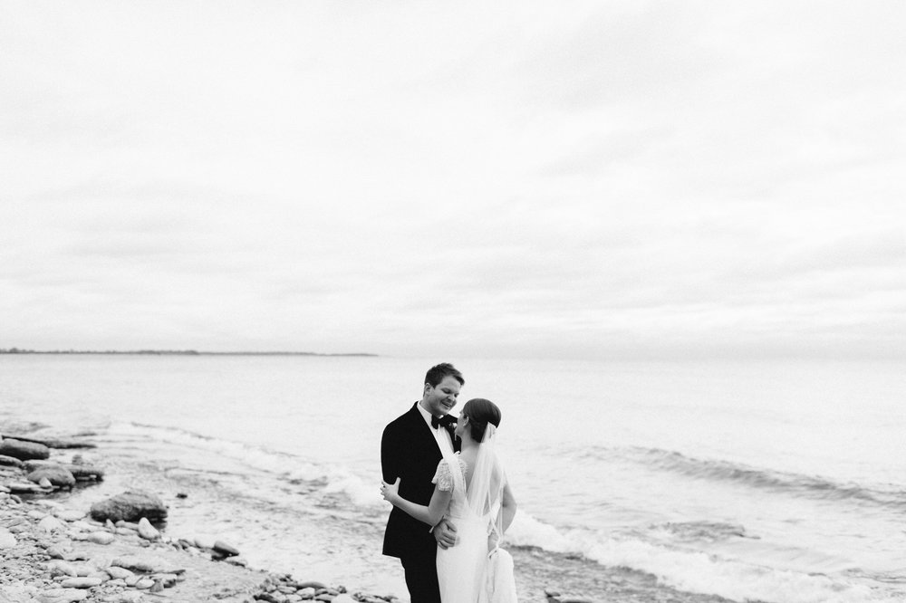 scarletoneillphotography_weddingphotography_prince edward county weddings041.JPG