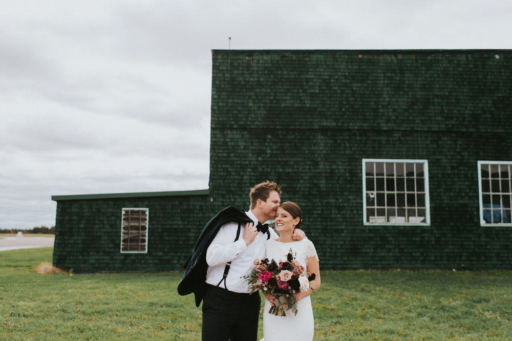 scarletoneillphotography_weddingphotography_prince edward county weddings068.JPG