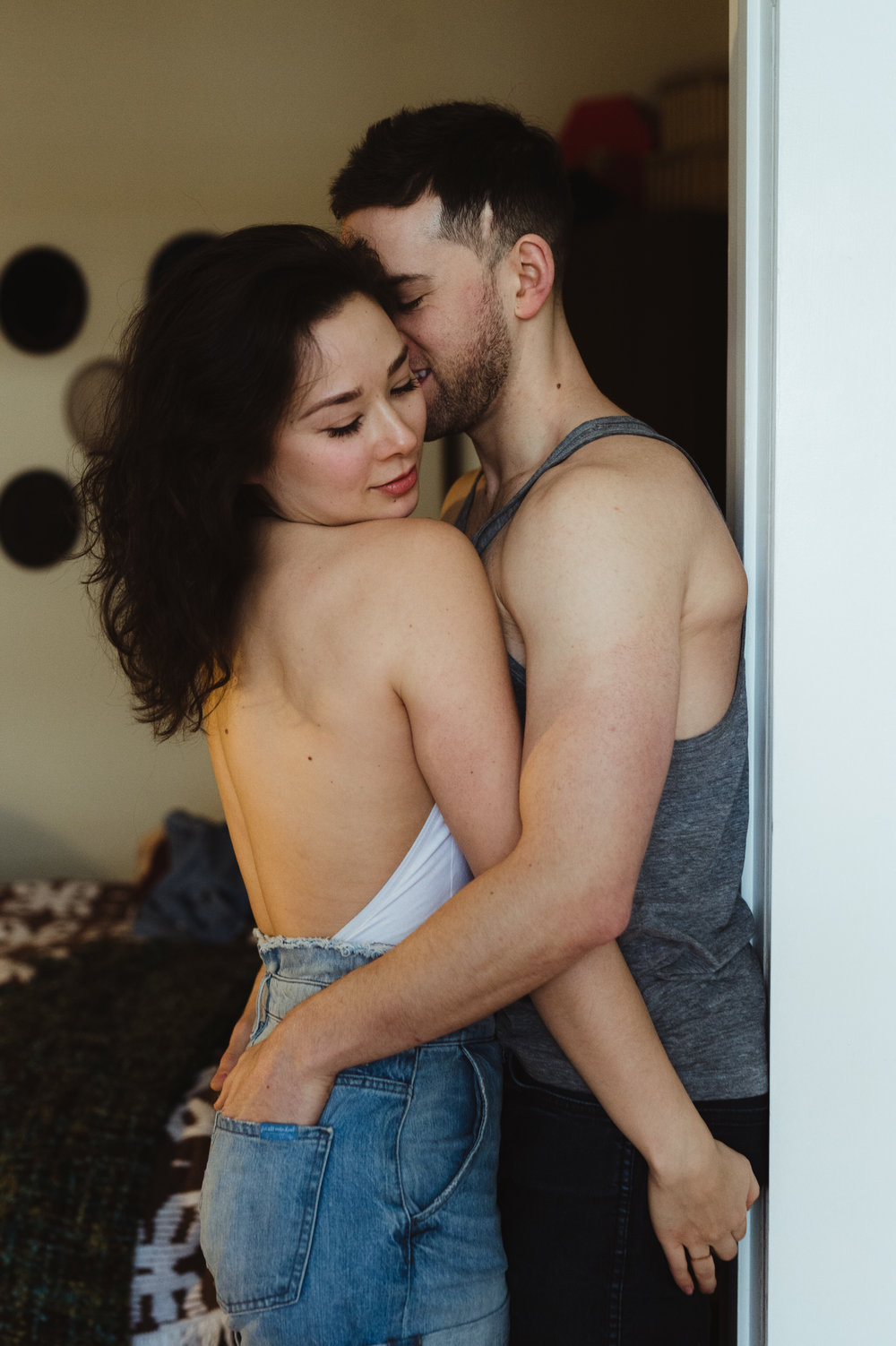 scarletoneillphotography_at home couples session15.JPG
