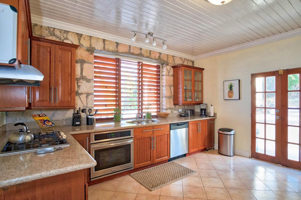 Point of View Villa & Spa - Kitchen