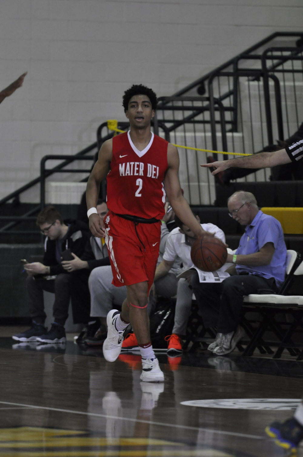 Mater Dei forward Justice Sueing scored 12 points in a semifinal win over Corona Centennial to help the Monarchs to a spot in Friday's Classic at Damien championship game against the host Spartans.