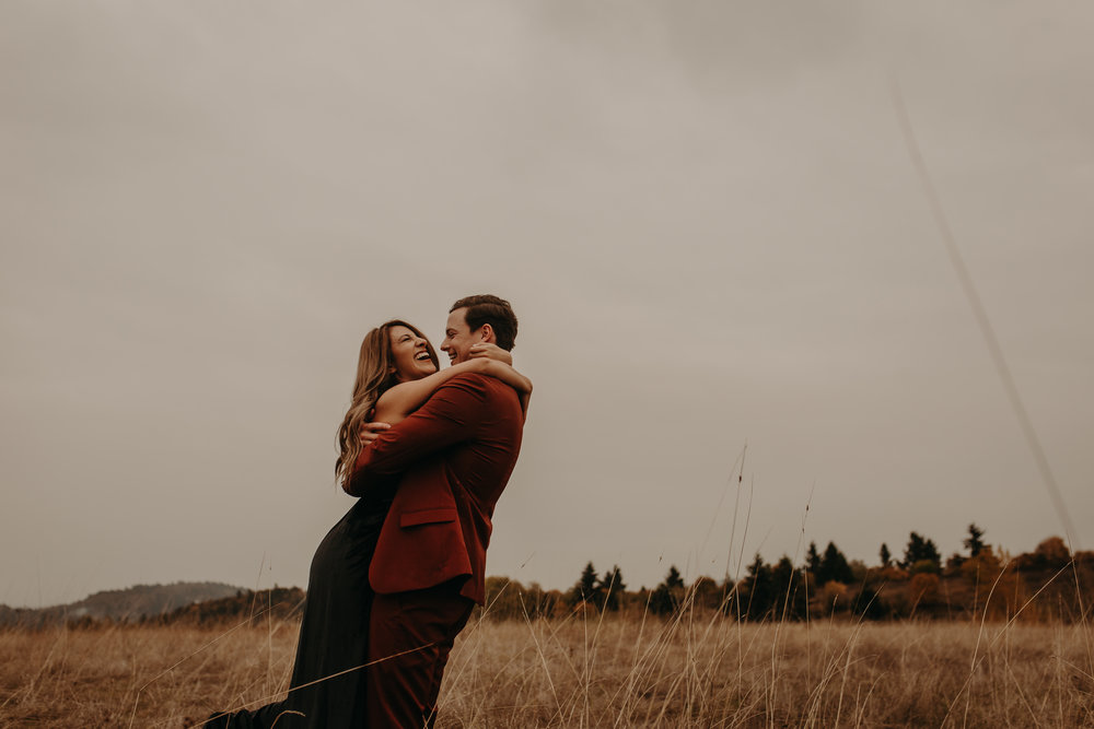 rainy elopement inPortland, oregon -