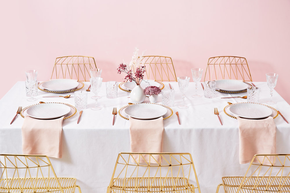 CAPSULE COLLECTION - Playful yet elegant, our debut collection captures modern trends and timeless sophistication. Perfect for wedding décor, lavish corporate events and stylish parties - this all-in-one collection will tickle you pink.