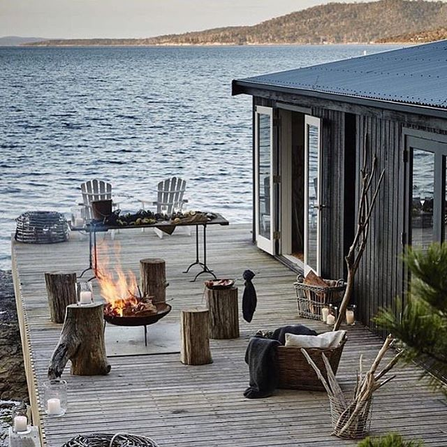 IN THE ISSUE   Your hotel bucket list should include Satellite Island - an entire island to yourself! - off the coast of Hobart. Find out why in the current issue of Box Mag on sale now, link in bio ✨ @satelliteisland #boxmagazine #luxury #bucketlist