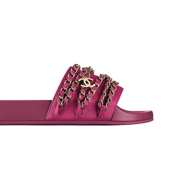 @chanelofficial slides anyone? We'll take a pair in every colour! #thinkpink