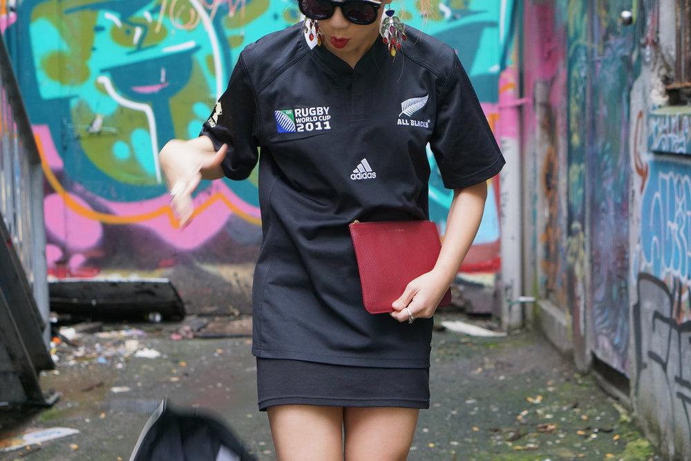 Back alley rubbish + cigarette butts - 1, Vikki's leather jacket - 0 😂