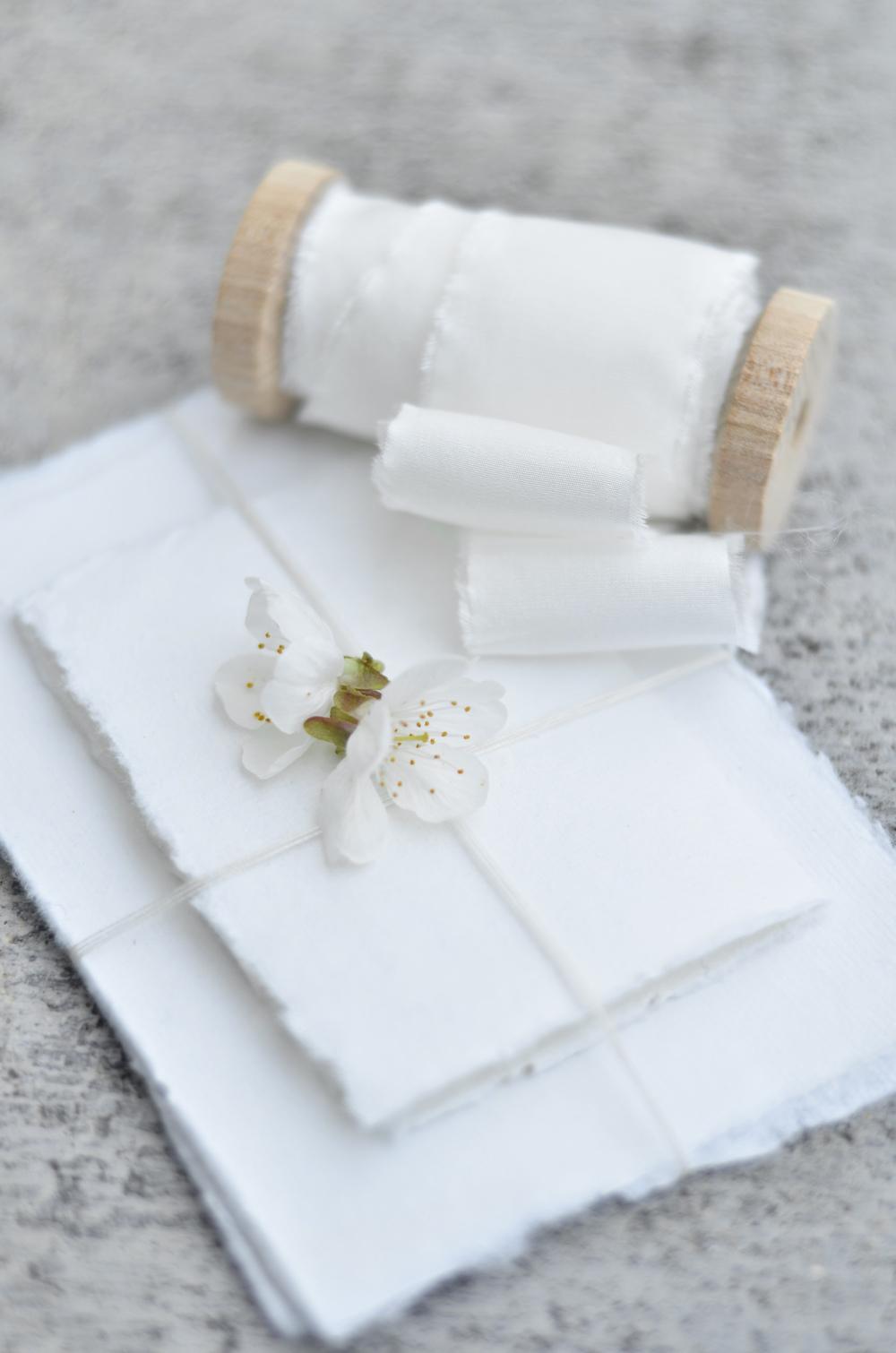 ruban-soie-mariage-bouquet-ivoire.jpg