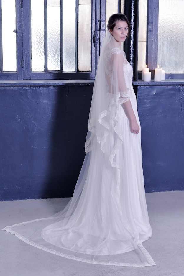 stephanie-wolff-paris-collection-signature-voile-valenciennes-robe-mariee-paris-retro-credit-photo-julie-coustarot9.jpg