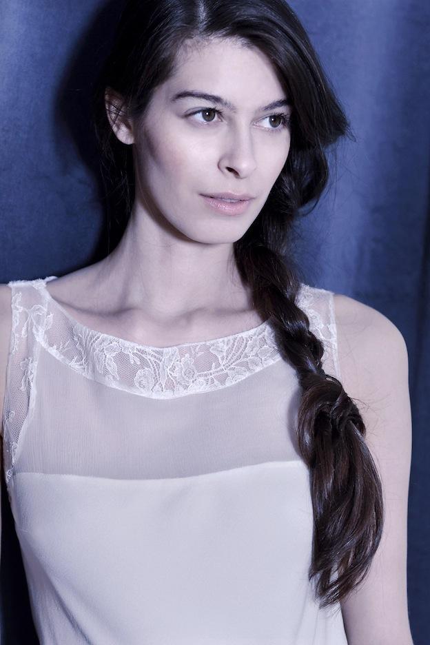 stephanie-wolff-paris-collection-signature-modele-lisbeth-robe-mariee-paris-boheme-retro-credit-photo-julie-coustarot32.jpg