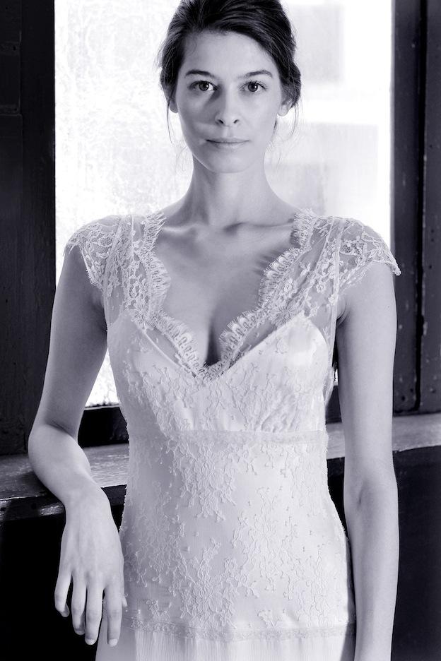 stephanie-wolff-paris-collection-signature-modele-krystel-robe-mariee-paris-boheme-retro-credit-photo-julie-coustarot2.jpg