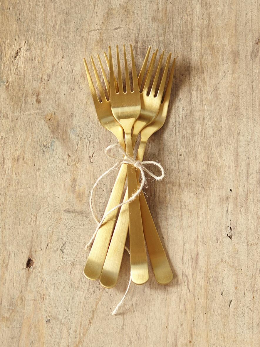 4 fourchettes dorées 29,90€