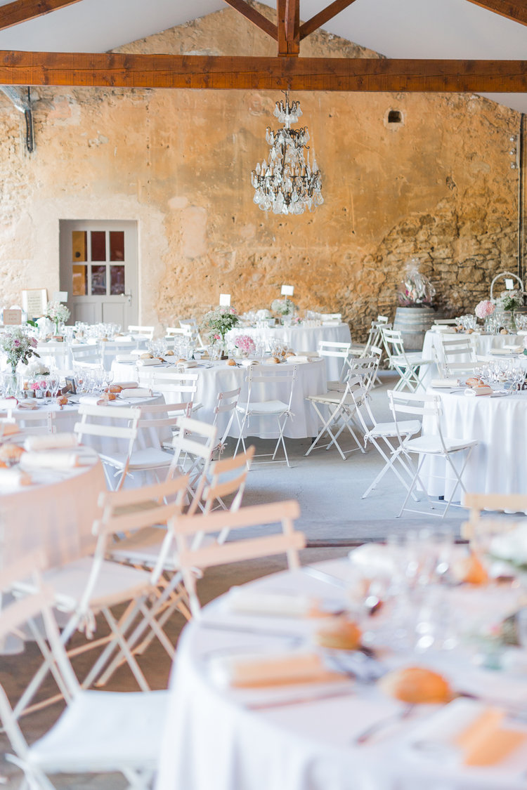 blog-mariage-parisian-inspiredFannyTiaraPhotographie-Mariage-Provence-ChateauBeauchene-Lauredesagazan-ParisianInspired-52.jpg