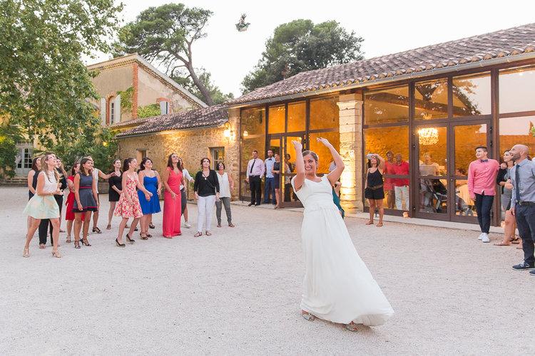 blog-mariage-parisian-inspiredFannyTiaraPhotographie-Mariage-Provence-ChateauBeauchene-Lauredesagazan-ParisianInspired-74.jpg