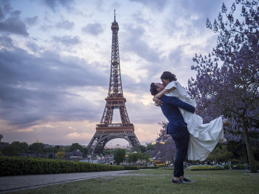parisian-inspired-blog-mariage-ceremonie-tour-eiffelP4263789.jpg
