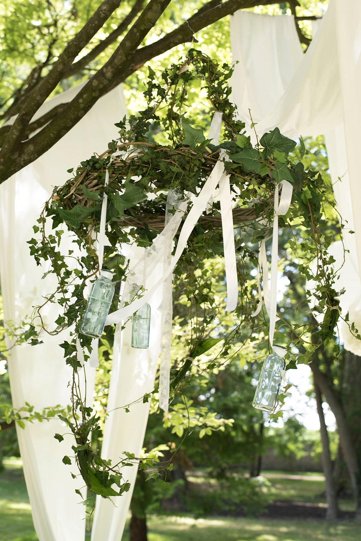 parisian-inspired-blog-mariage-artyphotos-photographe-mariage-auvergne-chateaudesaulnat-5B.jpg