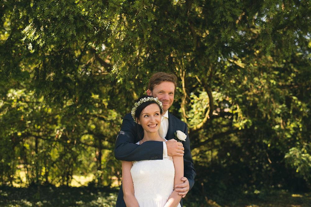 parisian-inspired-blog-mariage-artyphotos-photographe-mariage-auvergne-chateaudesaulnat-18B.jpg