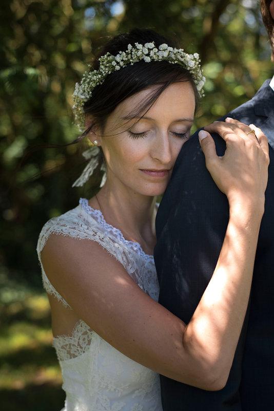 parisian-inspired-blog-mariage-artyphotos-photographe-mariage-auvergne-chateaudesaulnat-17.jpg