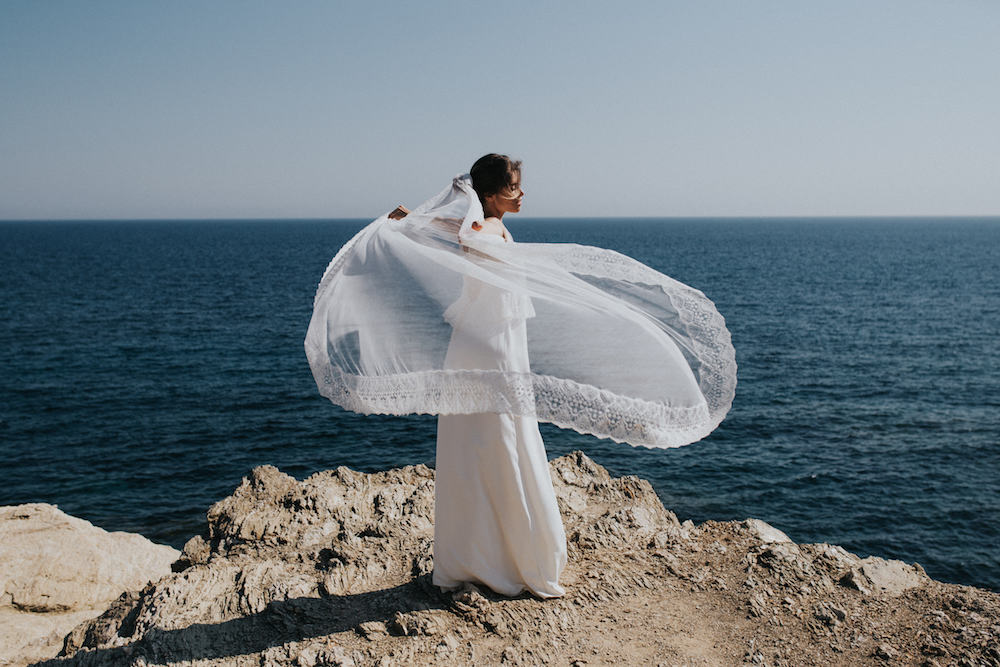 top-aldo-et-sous-robe-anie-18parisian-inspired-blog-mariage-robe-lorafolk-2018.jpg