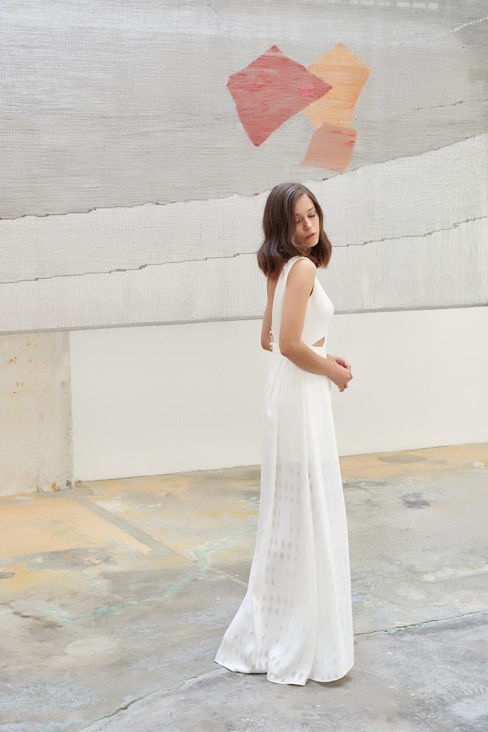 parisian-inspired-blog-mariagecamille-marguet-robe-mariée-paris-collection18-colin-orpheeg3-LD.jpg