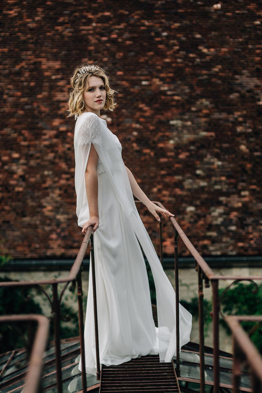 parisian-inspired-blog-mariageRobe Lou Ann - Cape Veline - pierreatelier-photographe-mariage-paris-organse-213.jpg