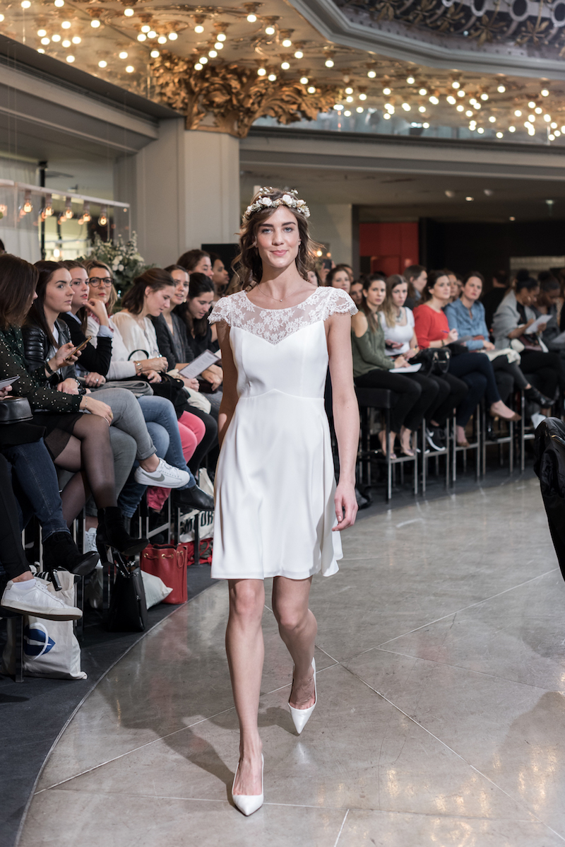Look 9 - Robe Trianon, Harpe en exclusivité pour PRINTEMPS MARIAGE 550€.jpg