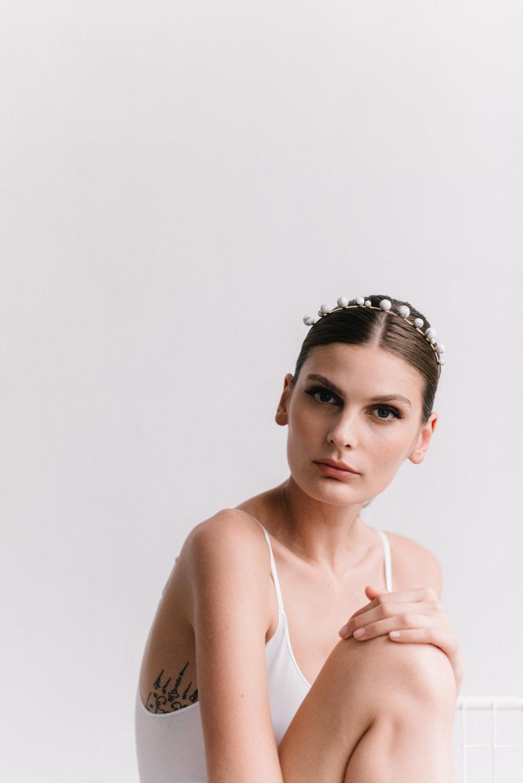 parisian-inspired-blog-mariagemaisonsabben-accessoires-mariee-headband-muse-5.jpg