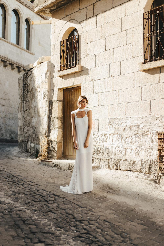 parisian-inspired-blog-mariageELISA_NESS_DALHIA 2.jpg