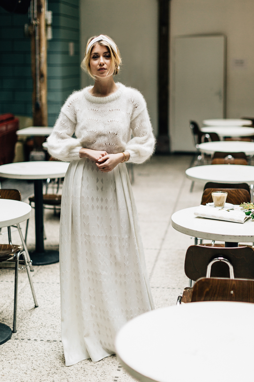parisian-inspired-blog-mariagepierreatelier-photographe-paris-robe-mariage-camille-marguet-creatrice-Cassandre-Orphée1.jpg
