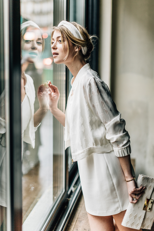 parisian-inspired-blog-mariagepierreatelier-photographe-paris-robe-mariage-camille-marguet-creatrice-Colin-Billy-graphique1.jpg