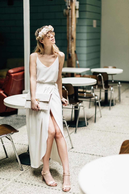 parisian-inspired-blog-mariagepierreatelier-photographe-paris-robe-mariage-camille-marguet-creatrice-scarlett3.jpg
