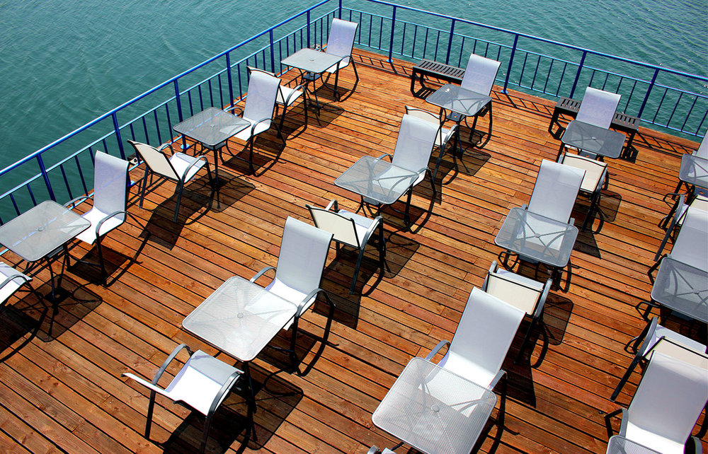Waterfront Deck - 60 seated / 150 Standing