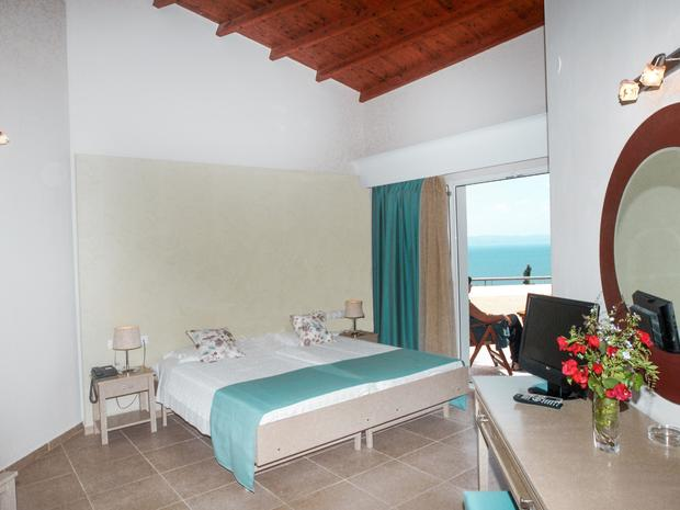 Airy sea view room