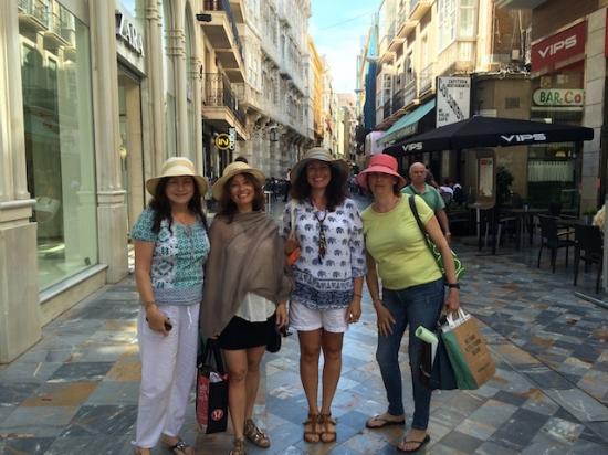 Shopping in Cartegene port .jpg